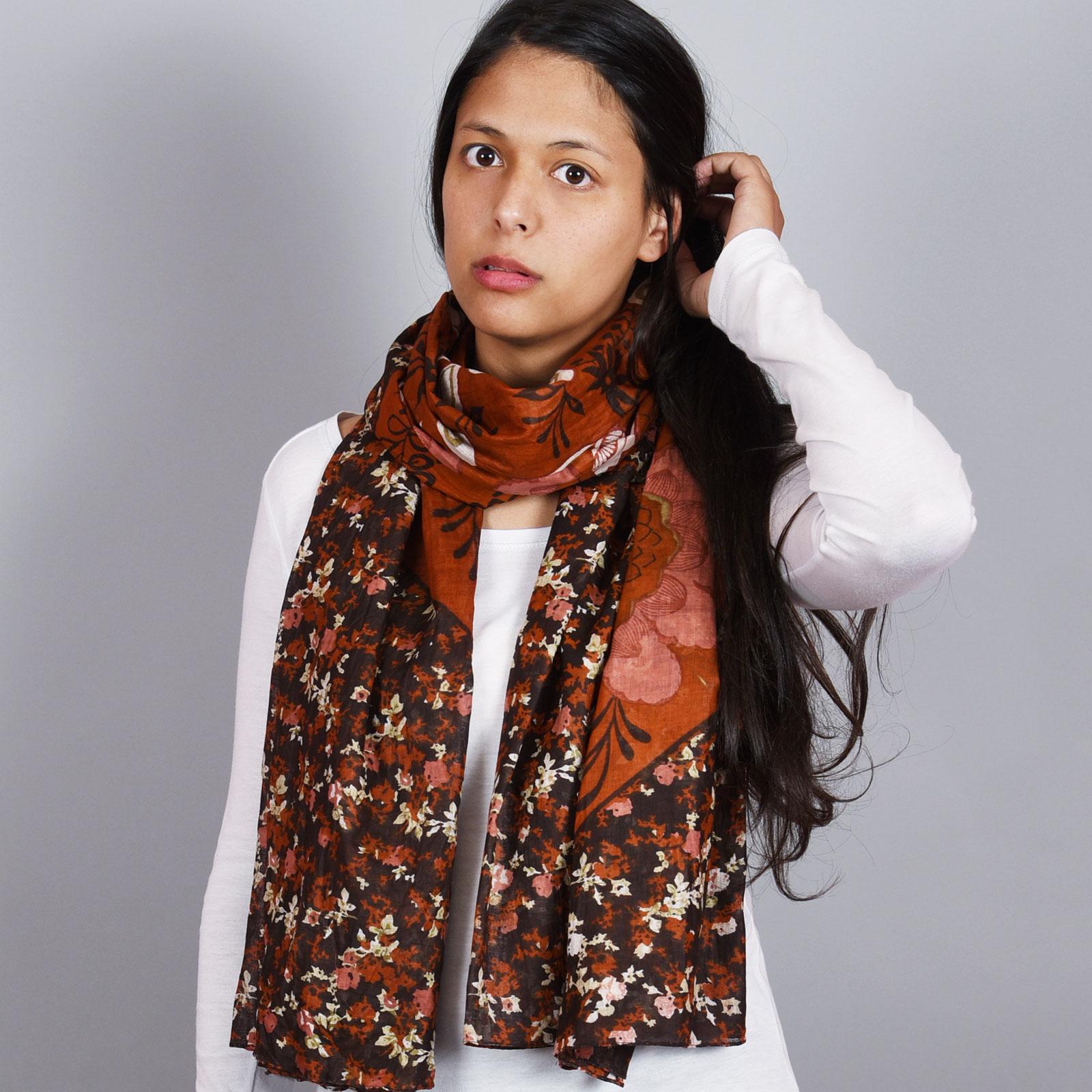 AT-01844-VF16-1-foulard-cheche-coton-marron