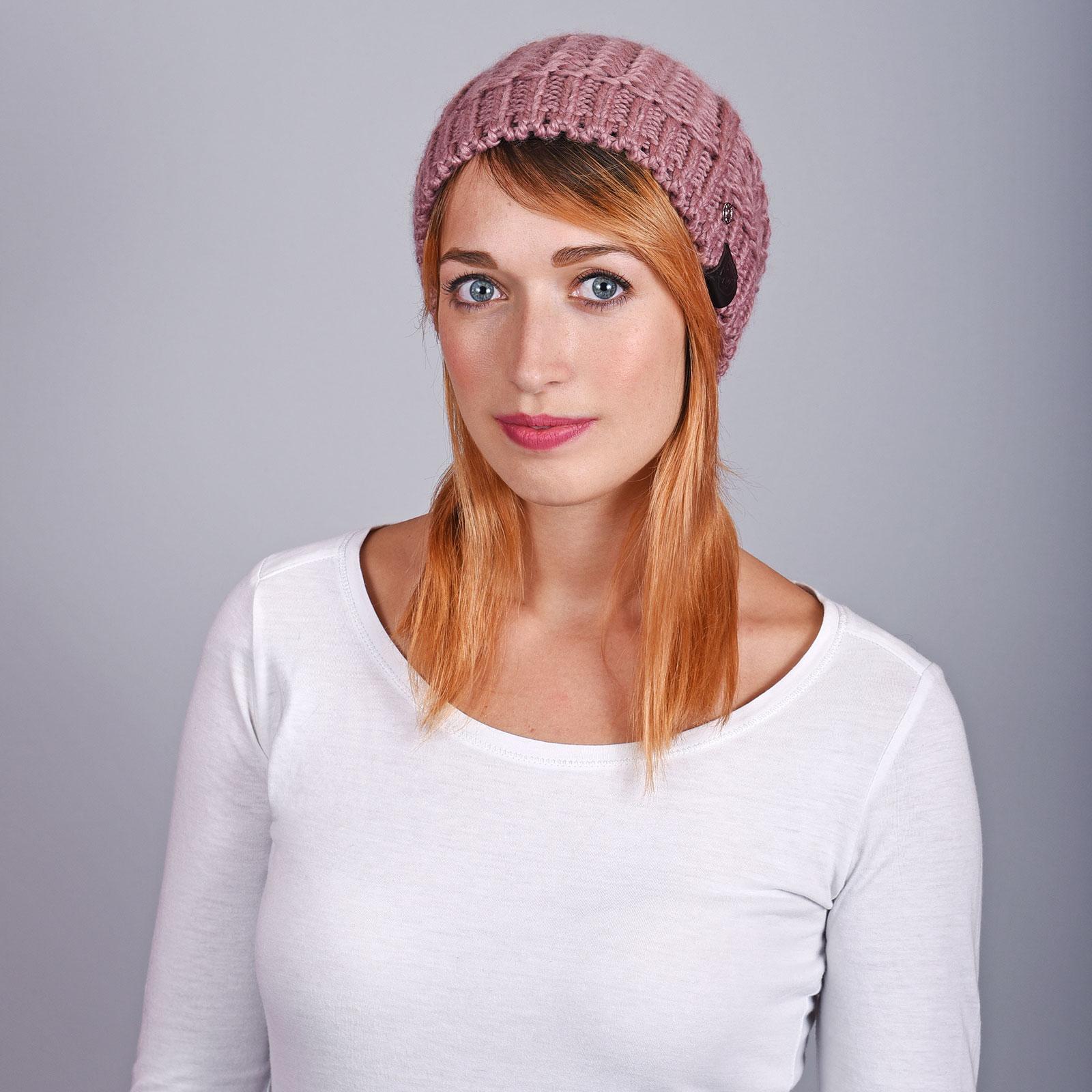 CP-01070-VF16-2-bonnet-femme-hiver-rose