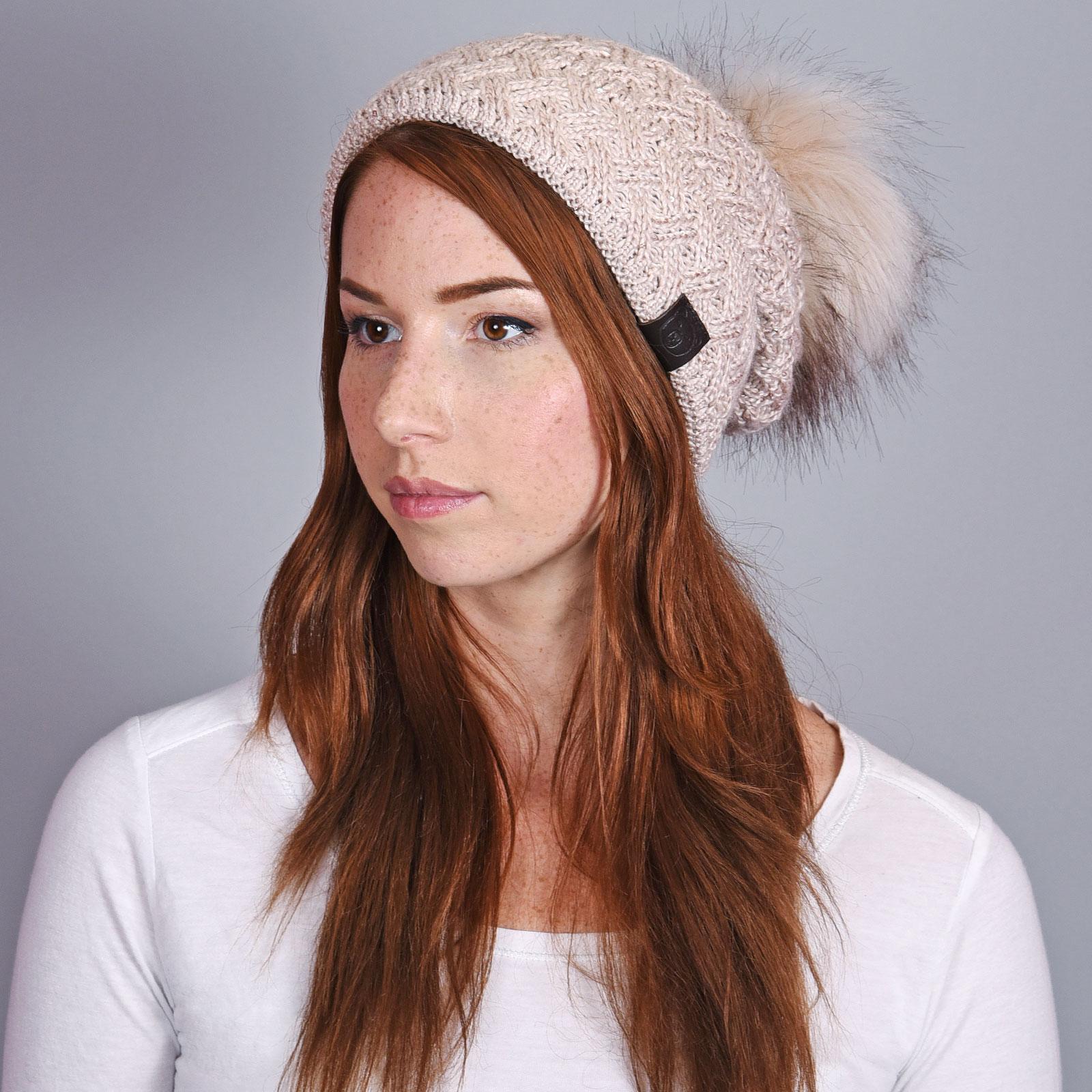 CP-01030-VF16-1-bonnet-femme-pompon-rose