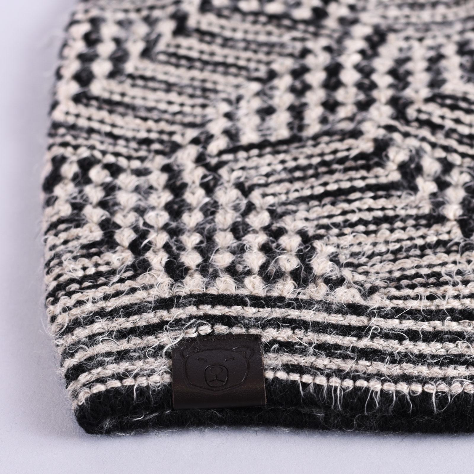 CP-01048-D16-1-bonnet-femme-noir-beige