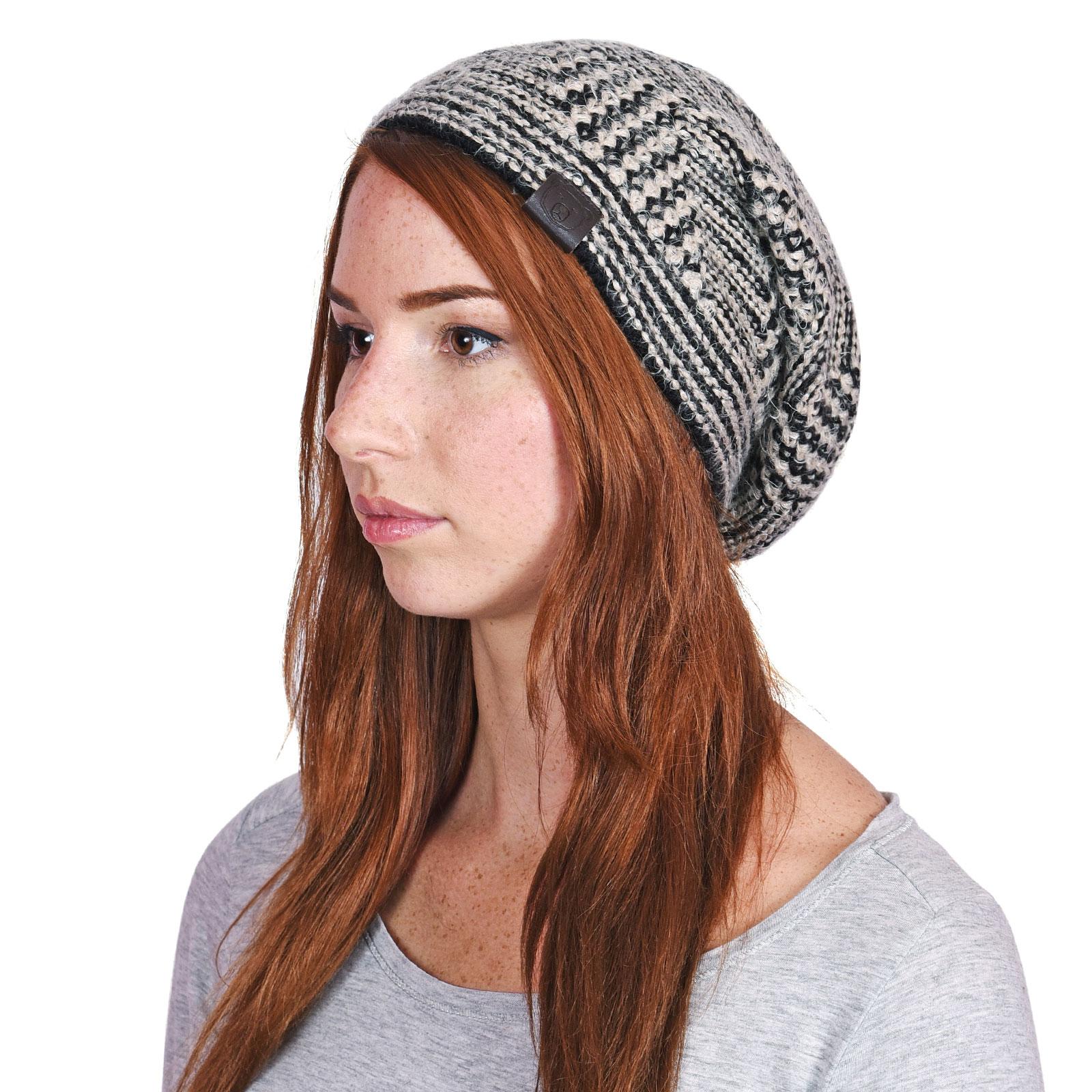 CP-01048-VF16-P-bonnet-femme-tendance-noir