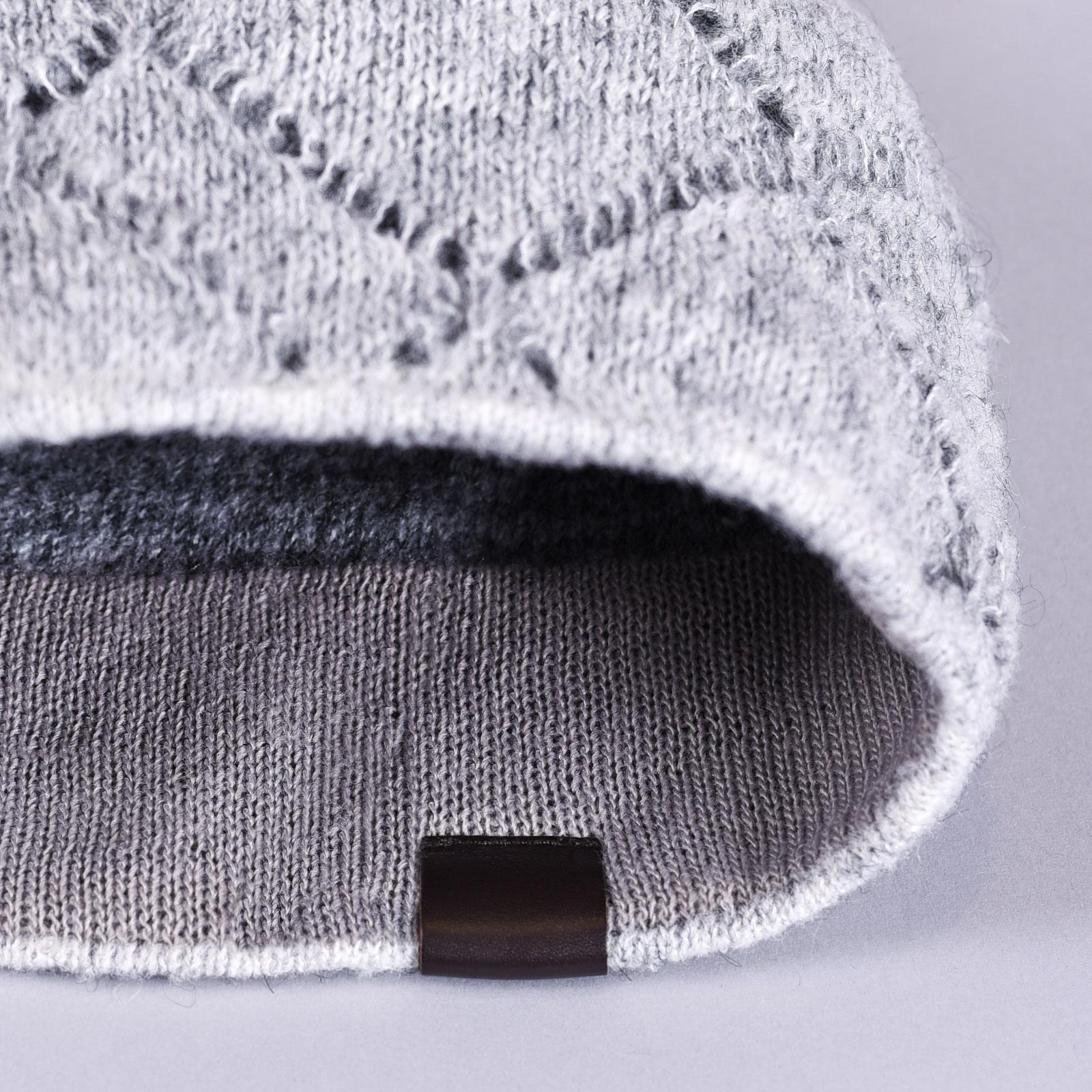 CP-01059-D16-2-bonnet-femme-laine-mohair-gris