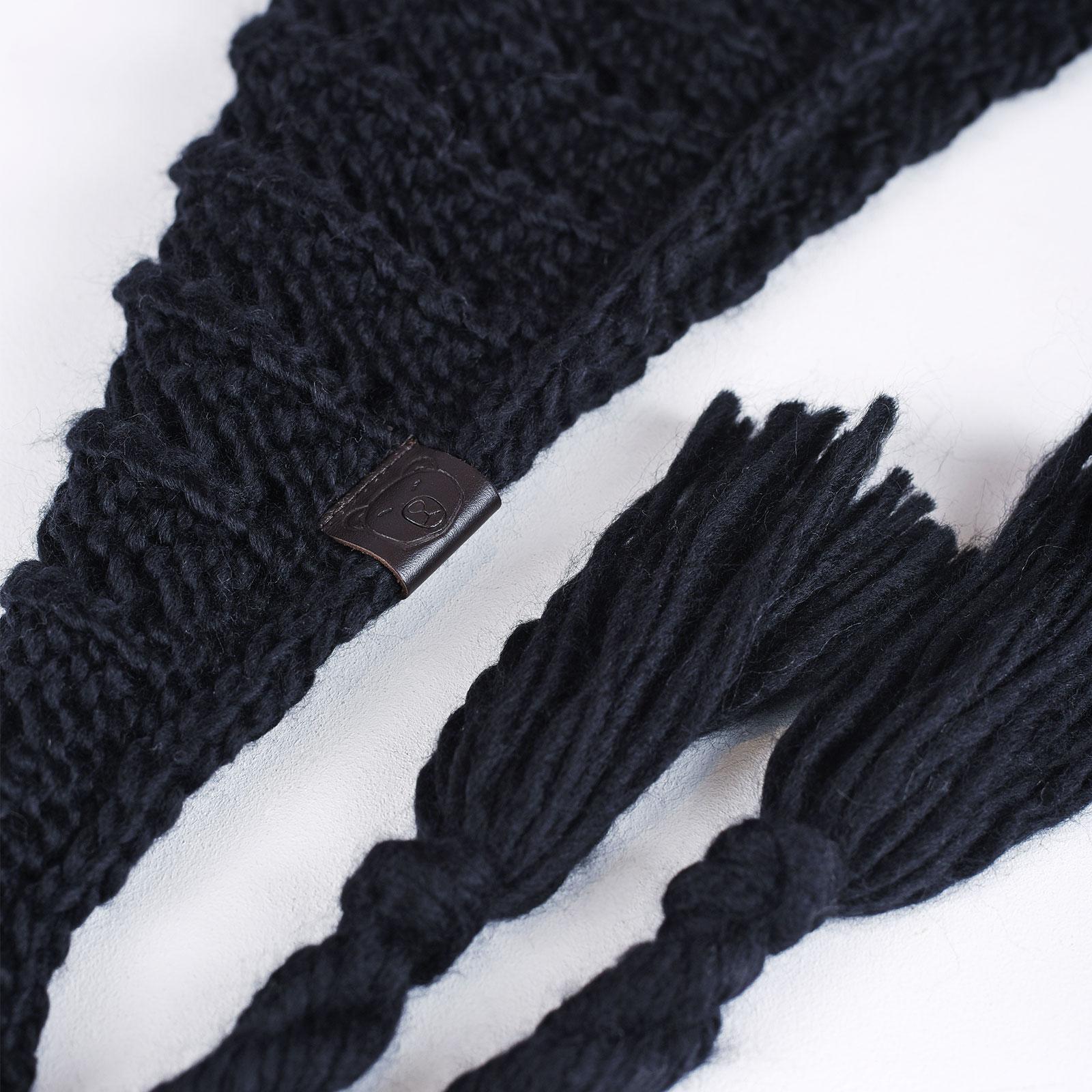 AT-04555-D16-echarpe-triange-nattes-noire