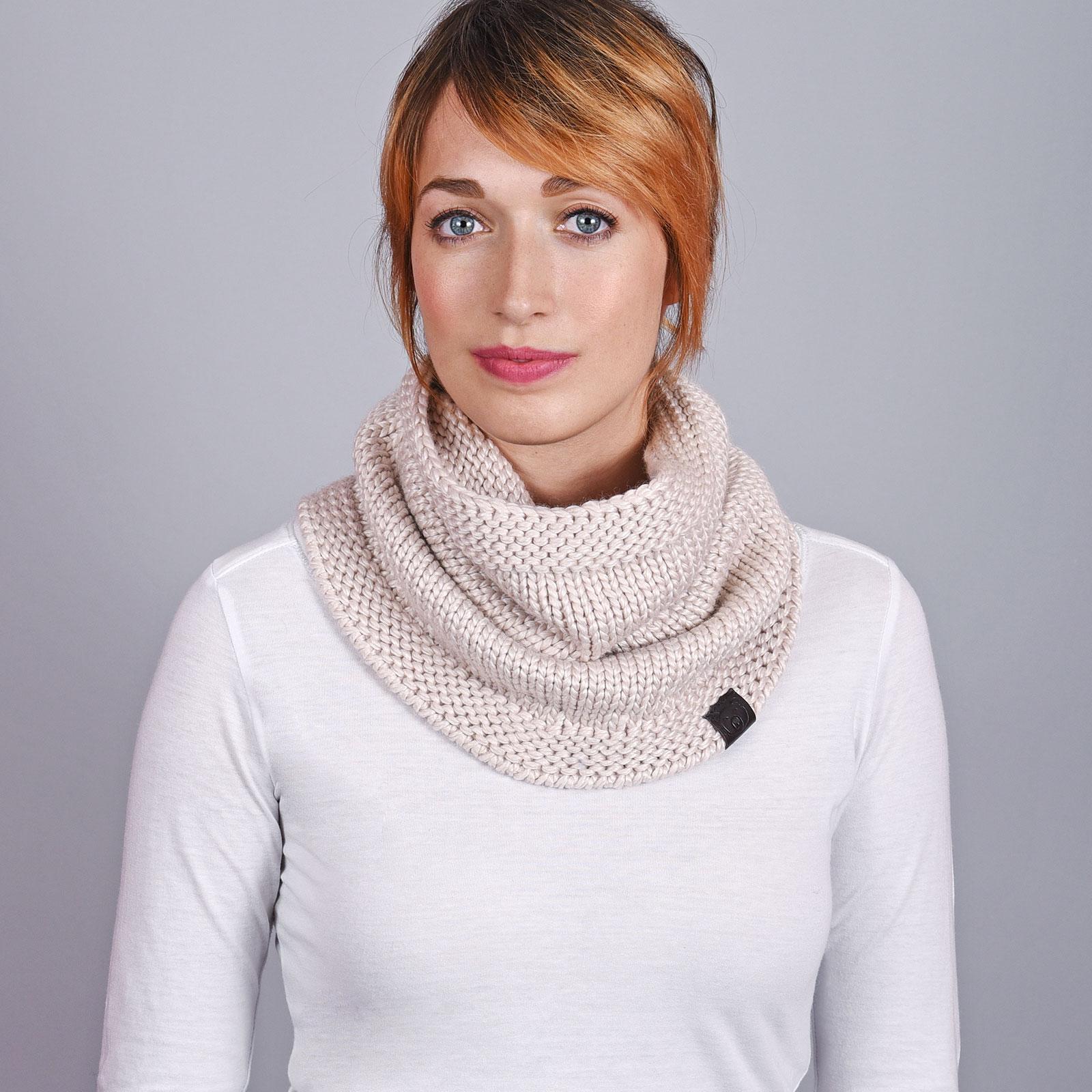 AT-04567-VF16-1-snood-femme-laine-beige