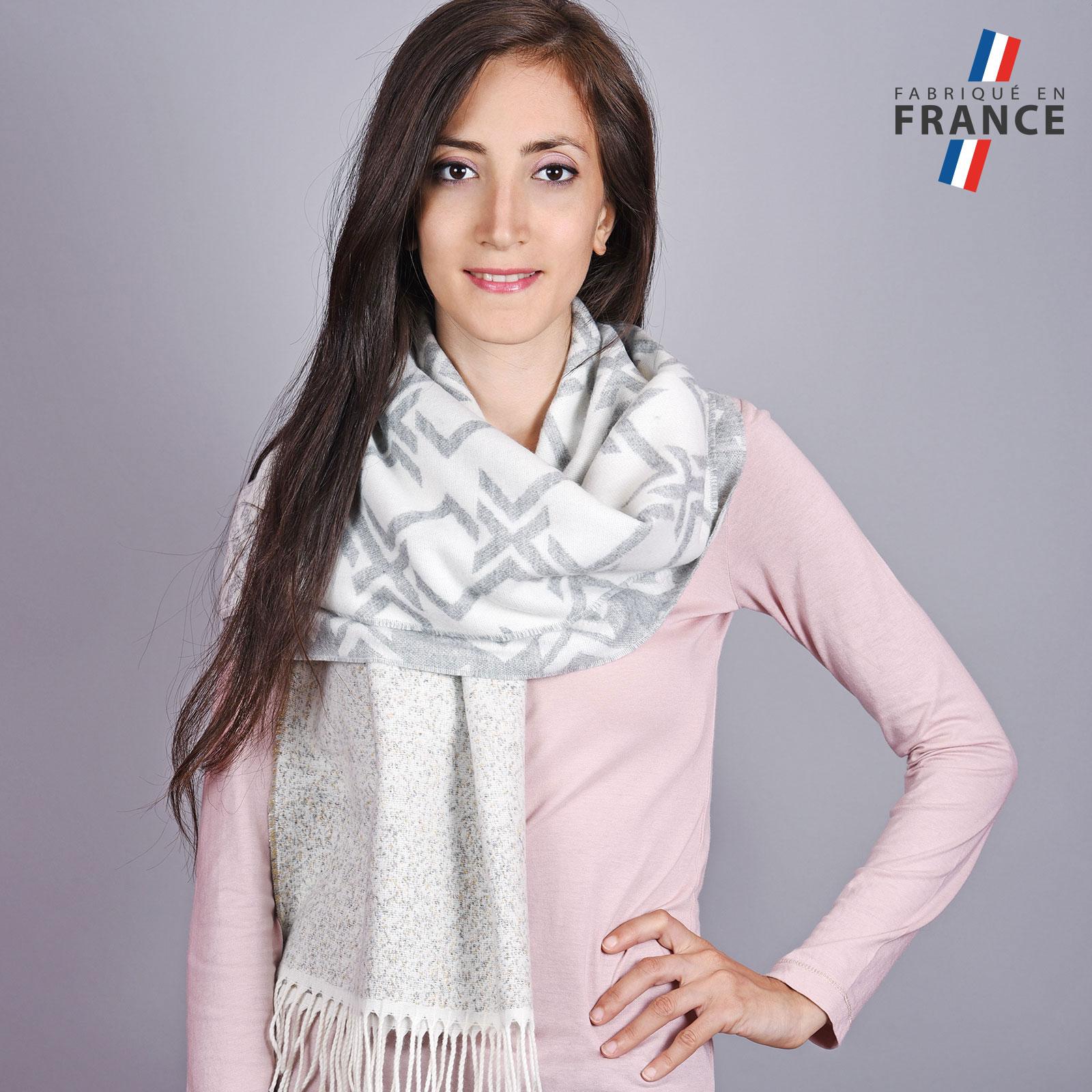 AT-04522-VF16-LB_FR-1-chale-femme-franges-blanc