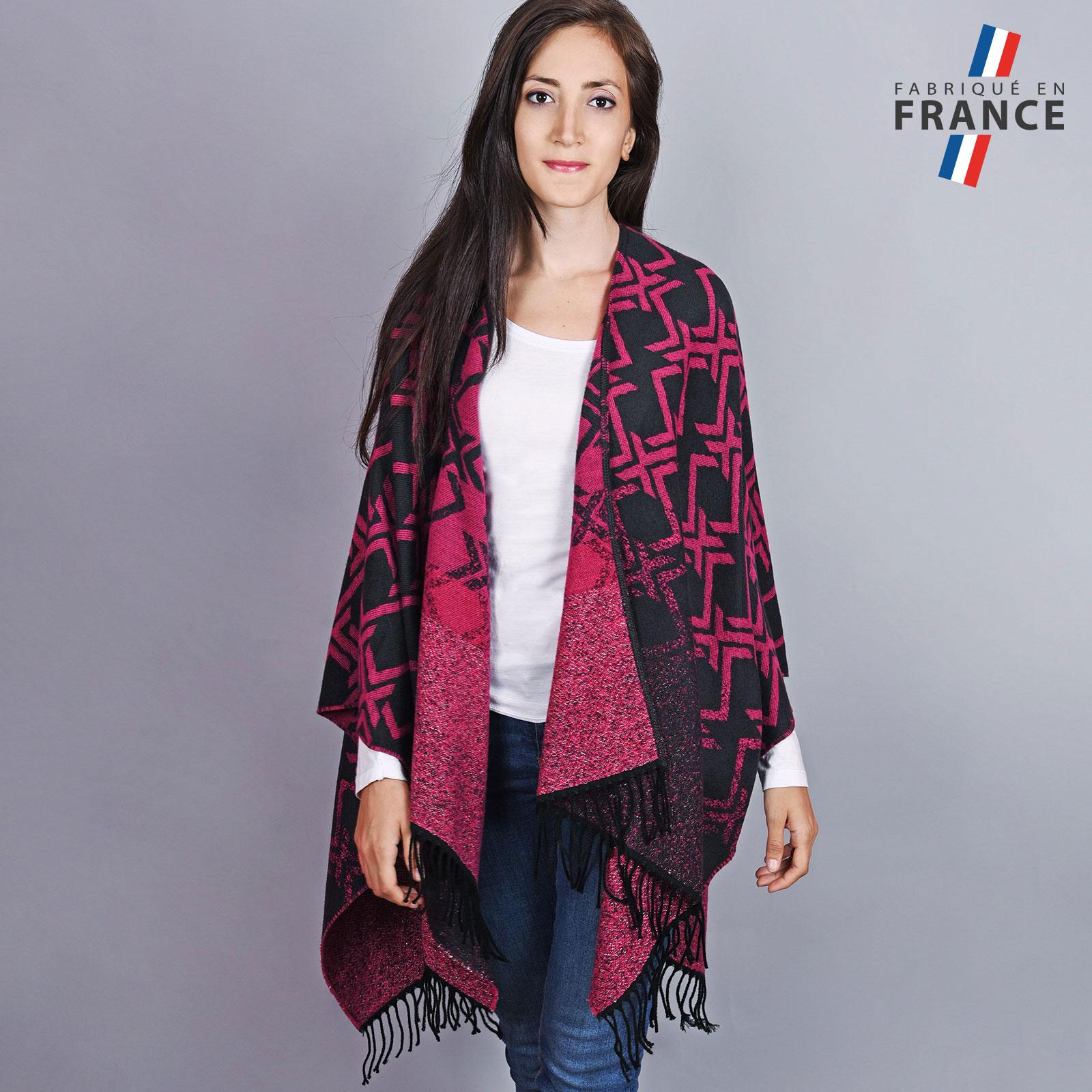 AT-04504-VF16-1-LB_FR-poncho-hiver-geometrique-fuchsia