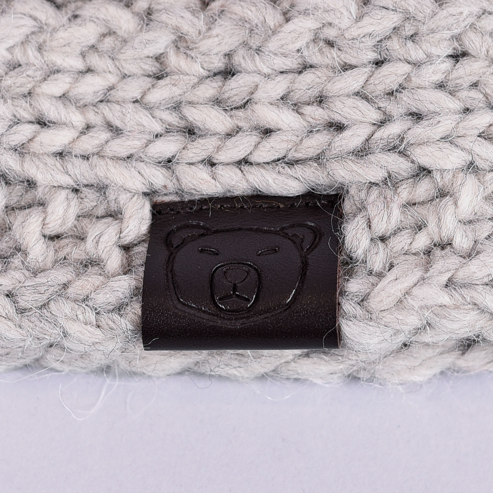 CP-01075-D16-1-bandeau-femme-chaud-gris-clair