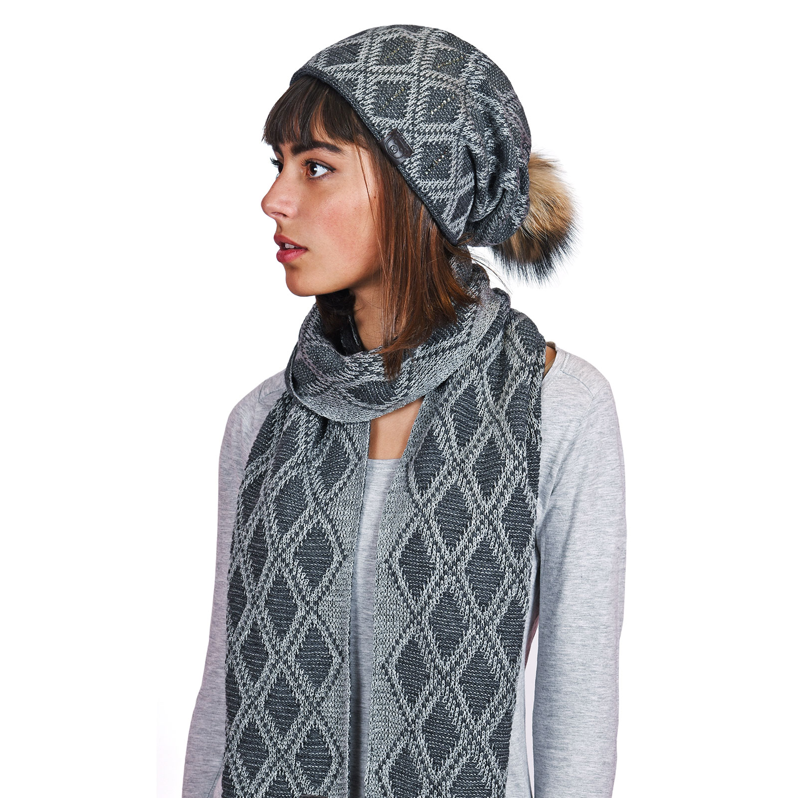 AT-04586-VF16-P-echarpe-et-bonnet-gris-anthracite