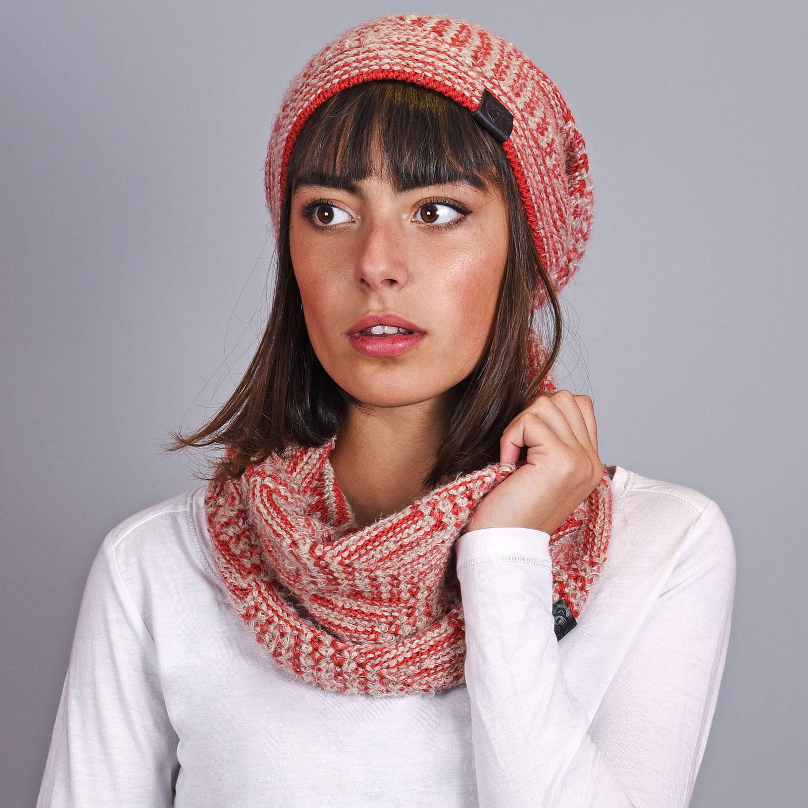 4fdbb5d0088df Echarpe bonnet Beiges, losanges joia - Fabrication Europe
