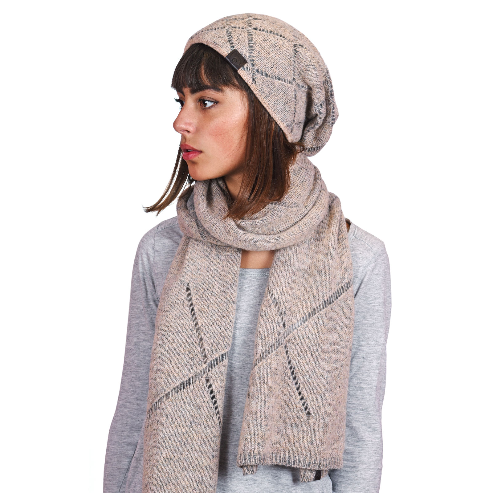 AT-04598-VF16-P-ensemble-echarpe-bonnet-beige-rose