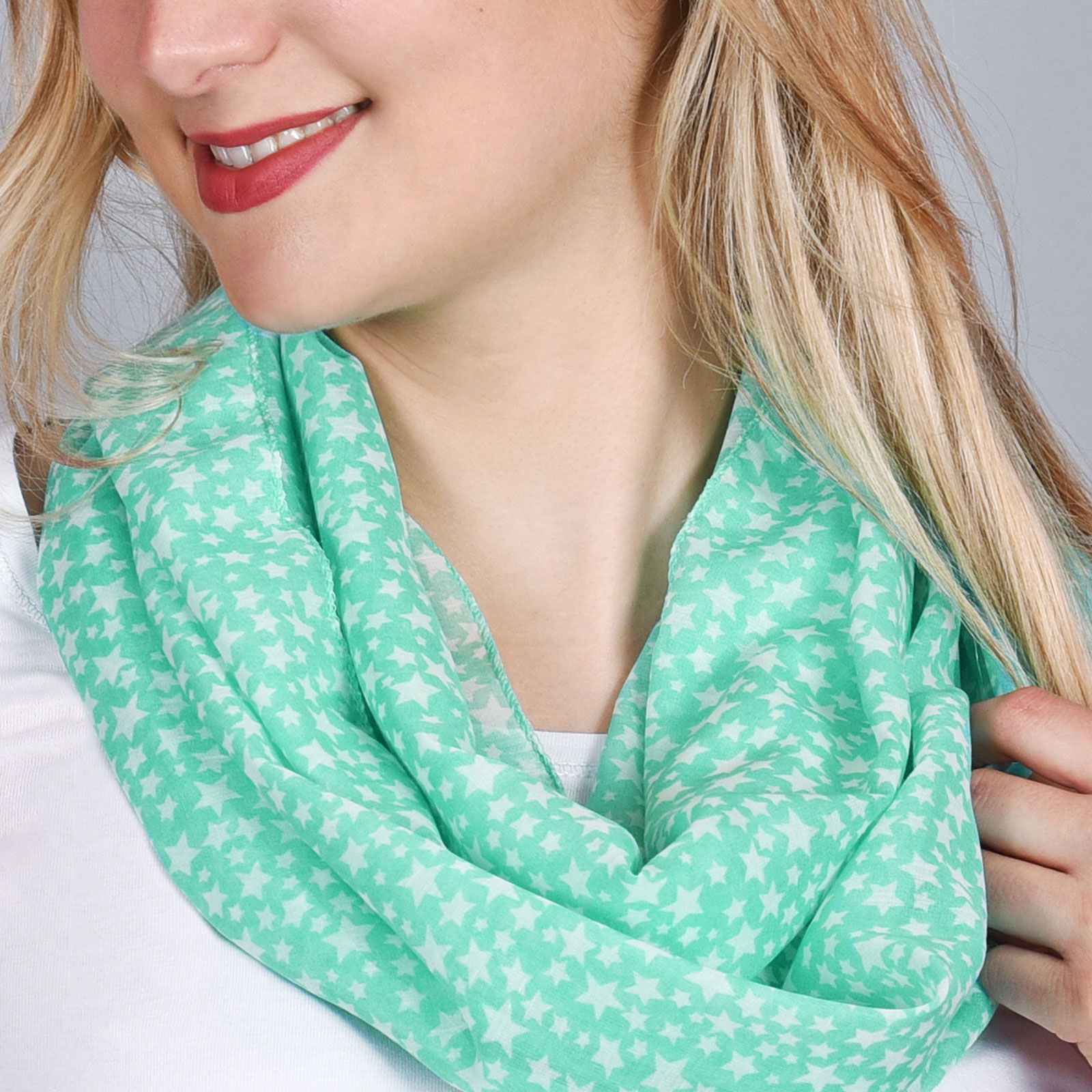 Foulard snood léger Vert, motifs étoiles 55c0f8d4132