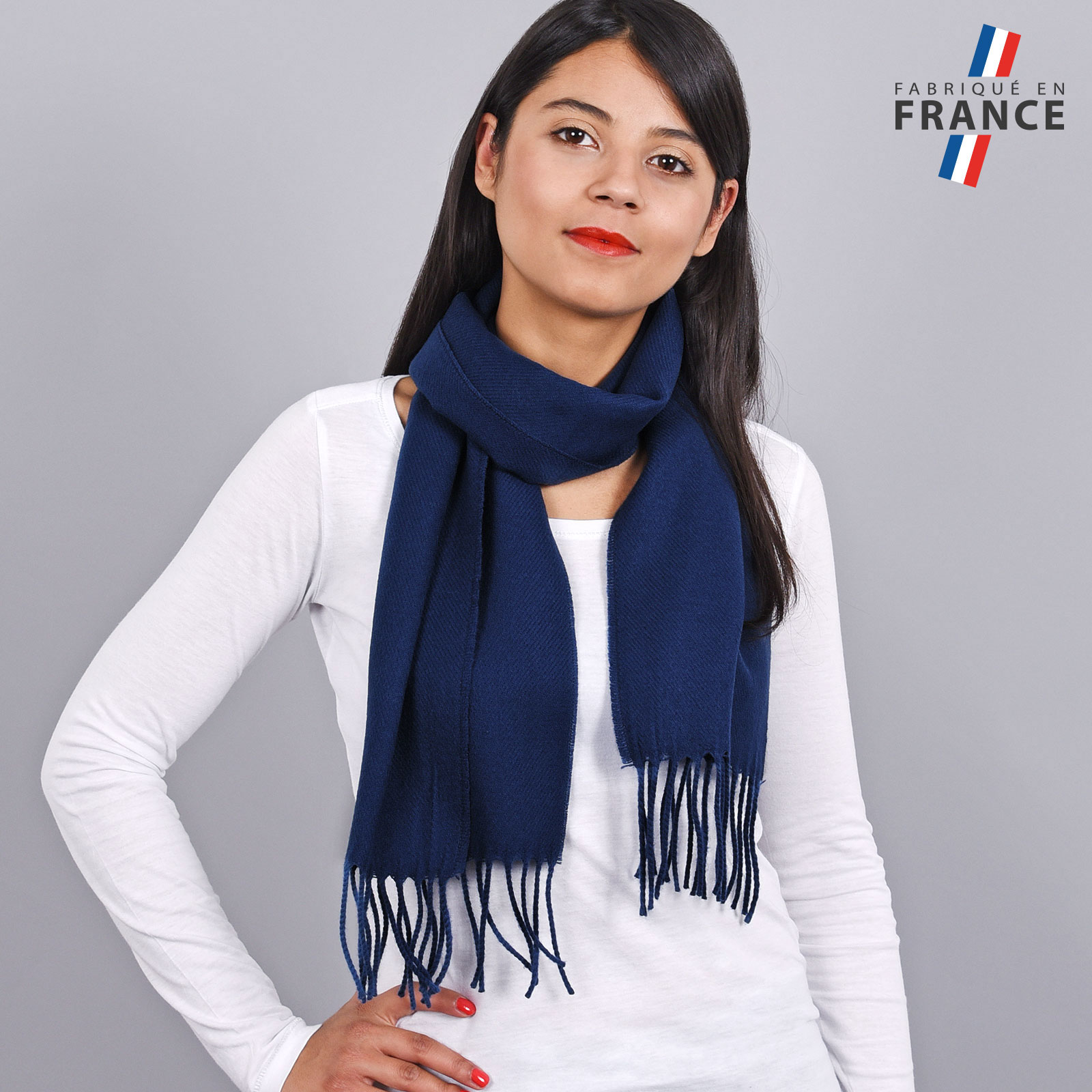 AT-03233-VF16-LB_FR-echarpe-a-franges-bleue-fabrication-francaise
