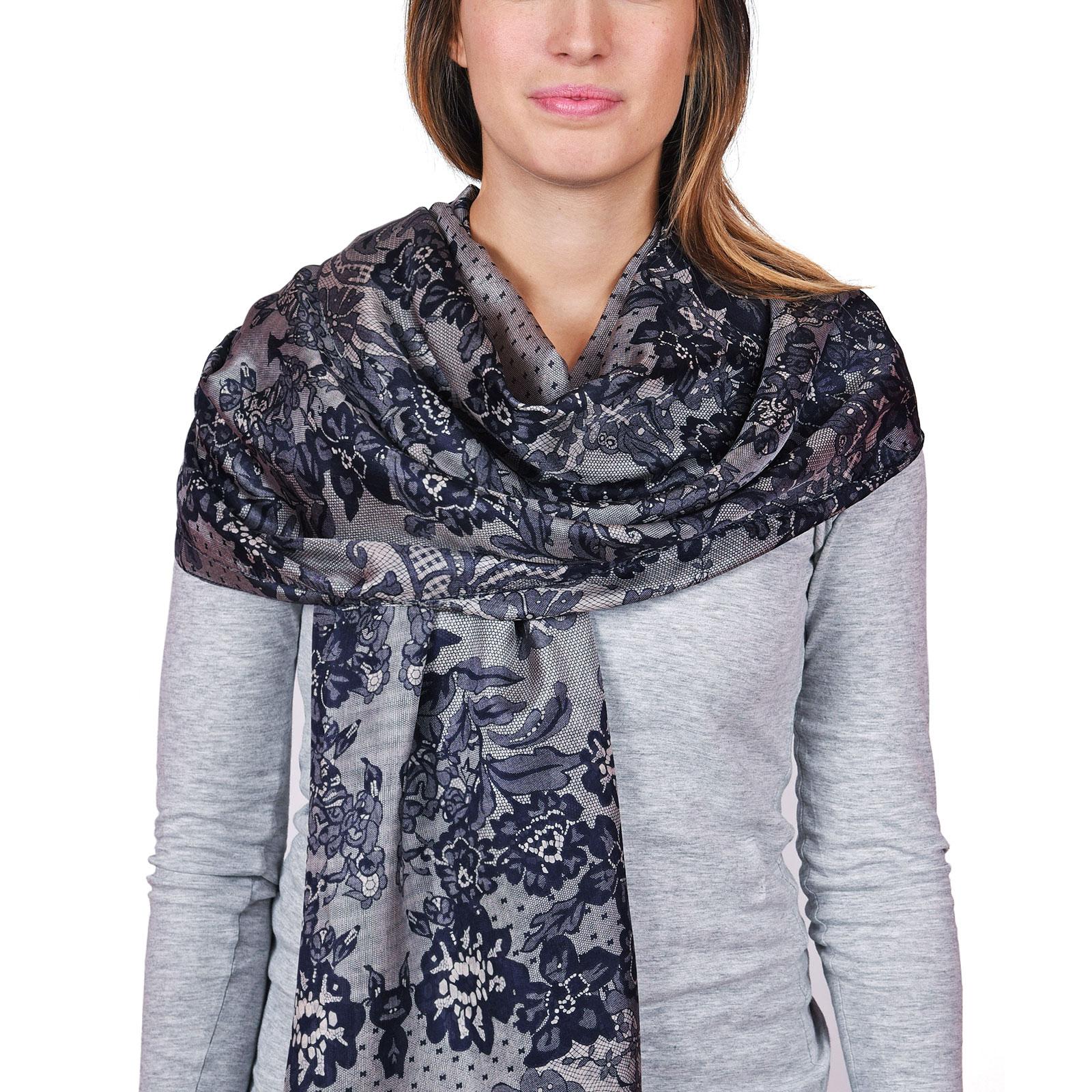 AT-04633-VF16-P-etole-soie-florale-marine-gris