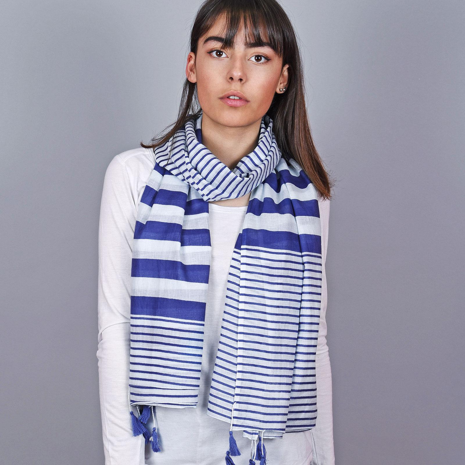 AT-04666-VF16-1-foulard-femme-coton-rayures-bleu