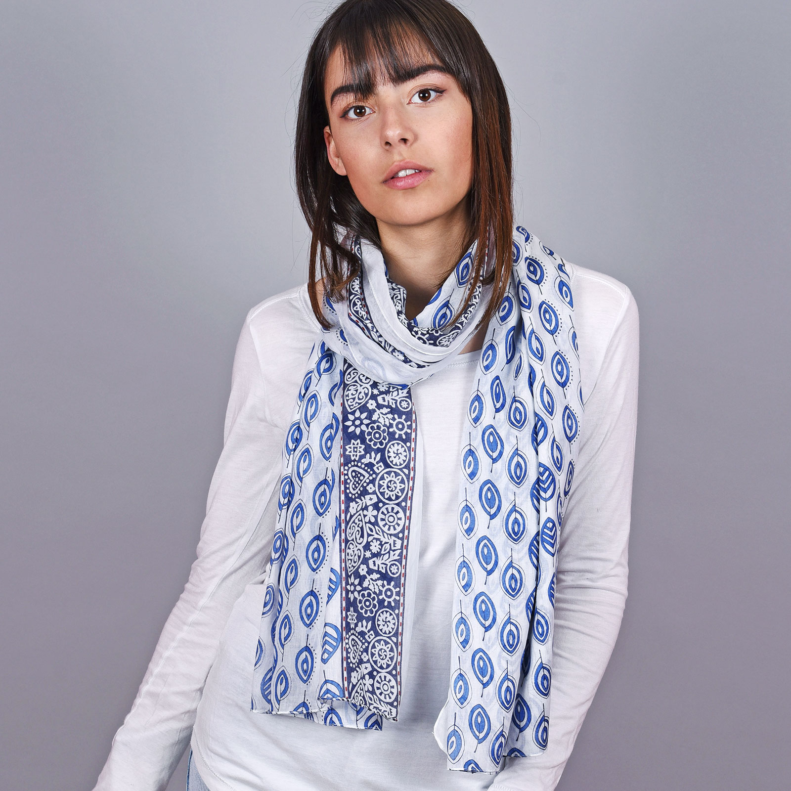 AT-04669-VF16-1-cheche-femme-coton-feuilles-bleu