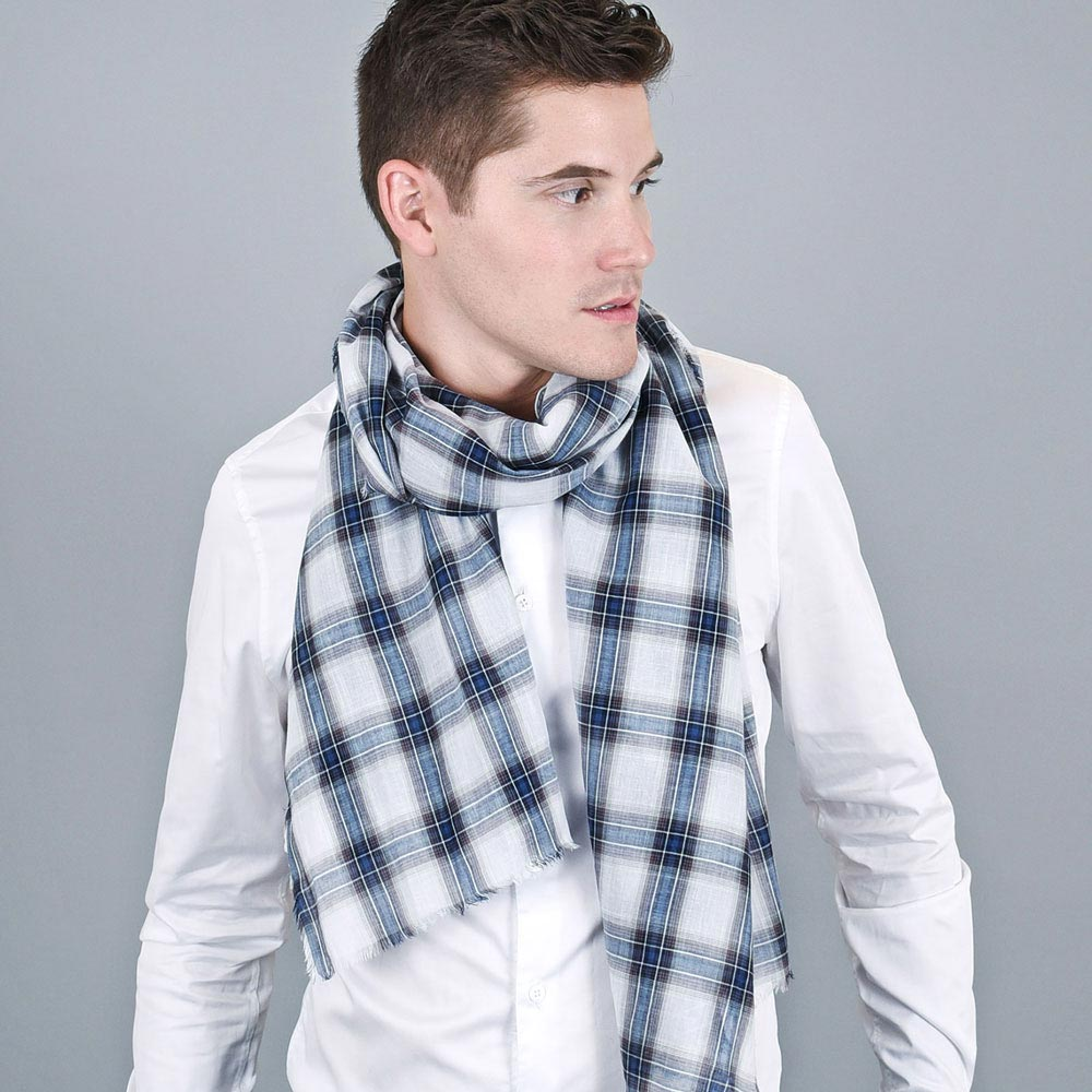 AT-01136-VH10-echarpe-cheche-homme-madras-bleu