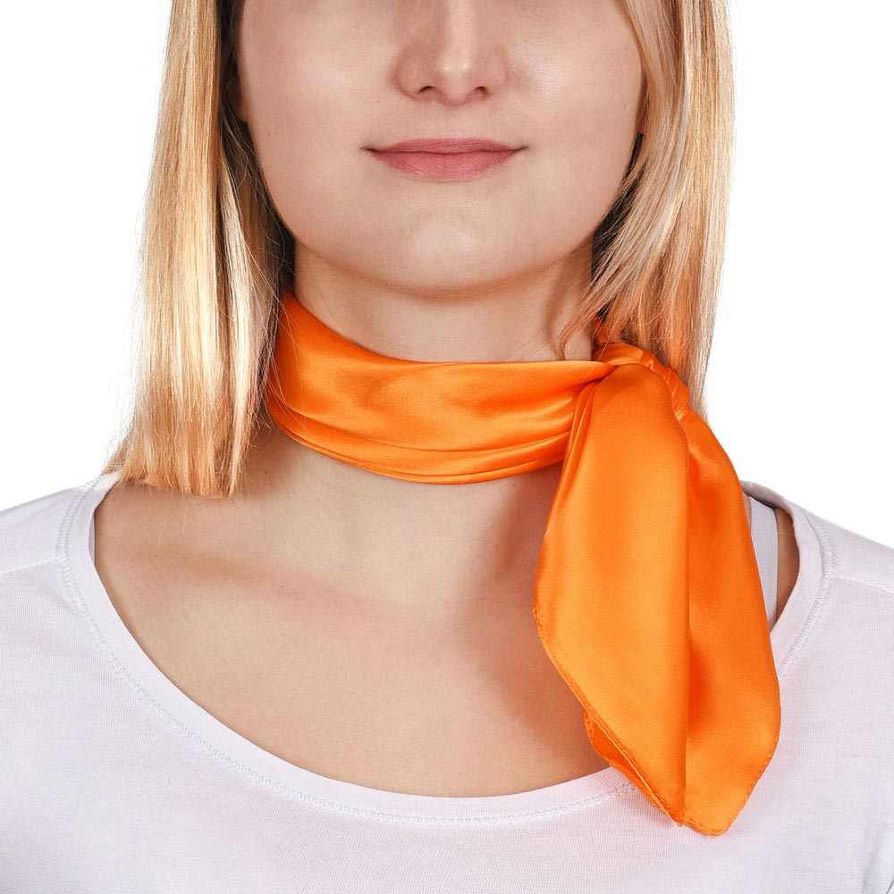 AT-01612-VF10-P-carre-de-soie-orange-piccolo