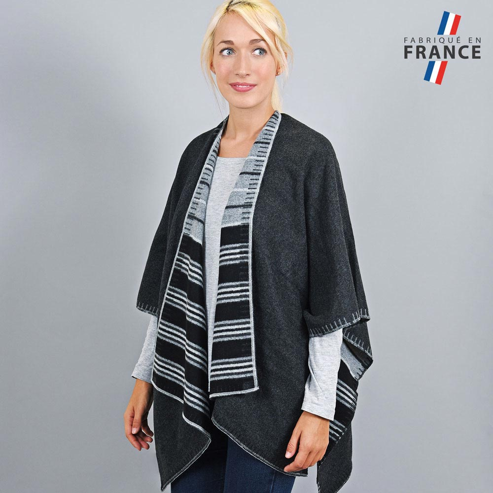AT-03194-VF10-2-LB_FR-poncho-femme-reversible-noir-gris-fabrication-france