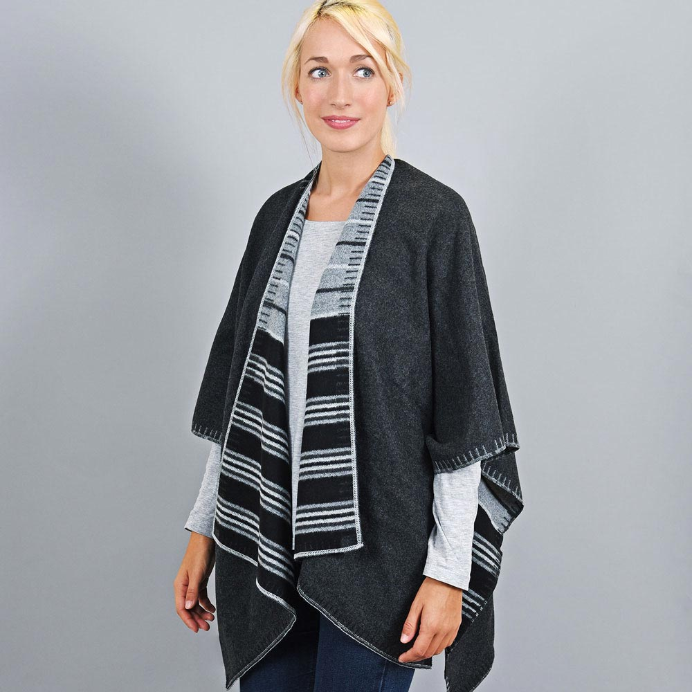 AT-03194-VF10-2-poncho-femme-reversible-noir-gris-fabrication-france
