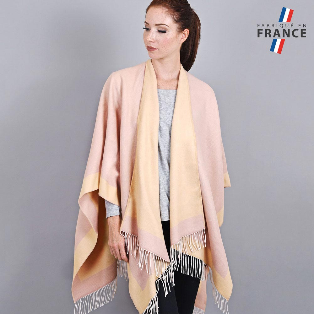 AT-03205-VF10-1-LB_FR-poncho-a-franges-creme-rose-fabrication-france