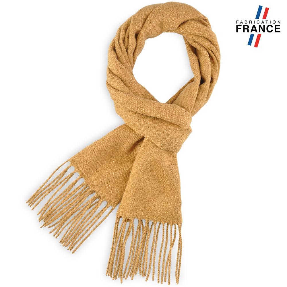 AT-03238-F10-LB_FR-echarpe-a-franges-camel-fabrication-francaise