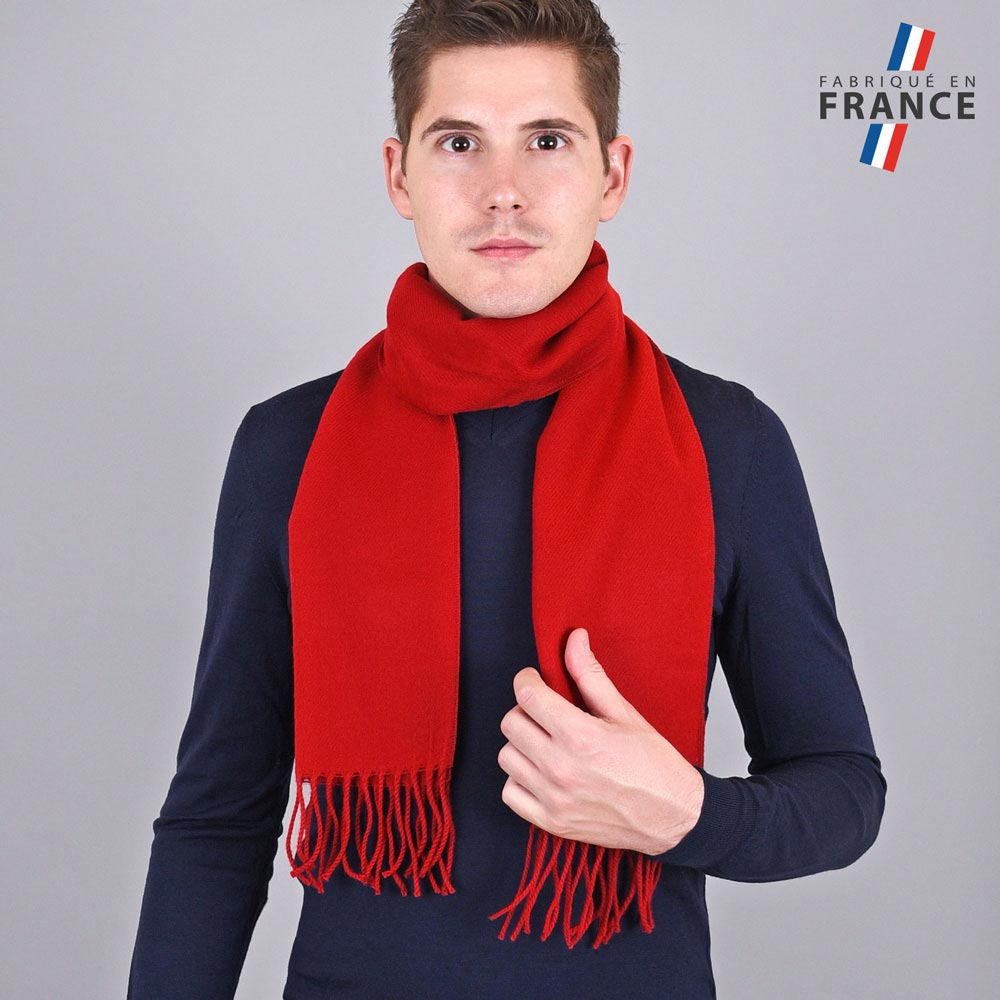 AT-03239-VH10-LB_FR-echarpe-homme-a-franges-rouge-sang-fabrication-francaise