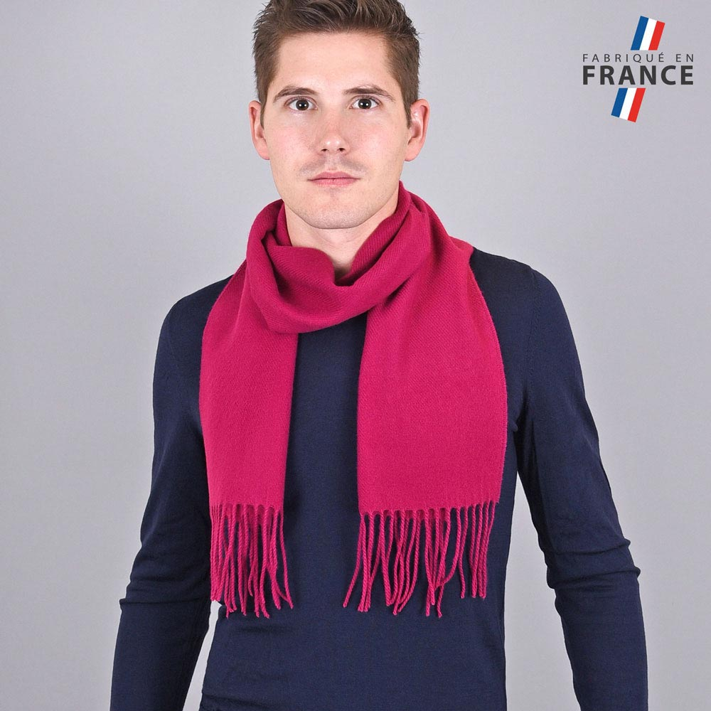 AT-03240-VH10-LB_FR-echarpe-homme-a-franges-rose-fuchsia-fabrication-francaise