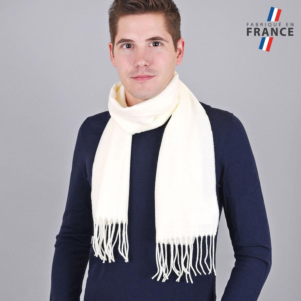 AT-03243-VH10-LB_FR-echarpe-homme-a-franges-ecru-fabrication-francaise