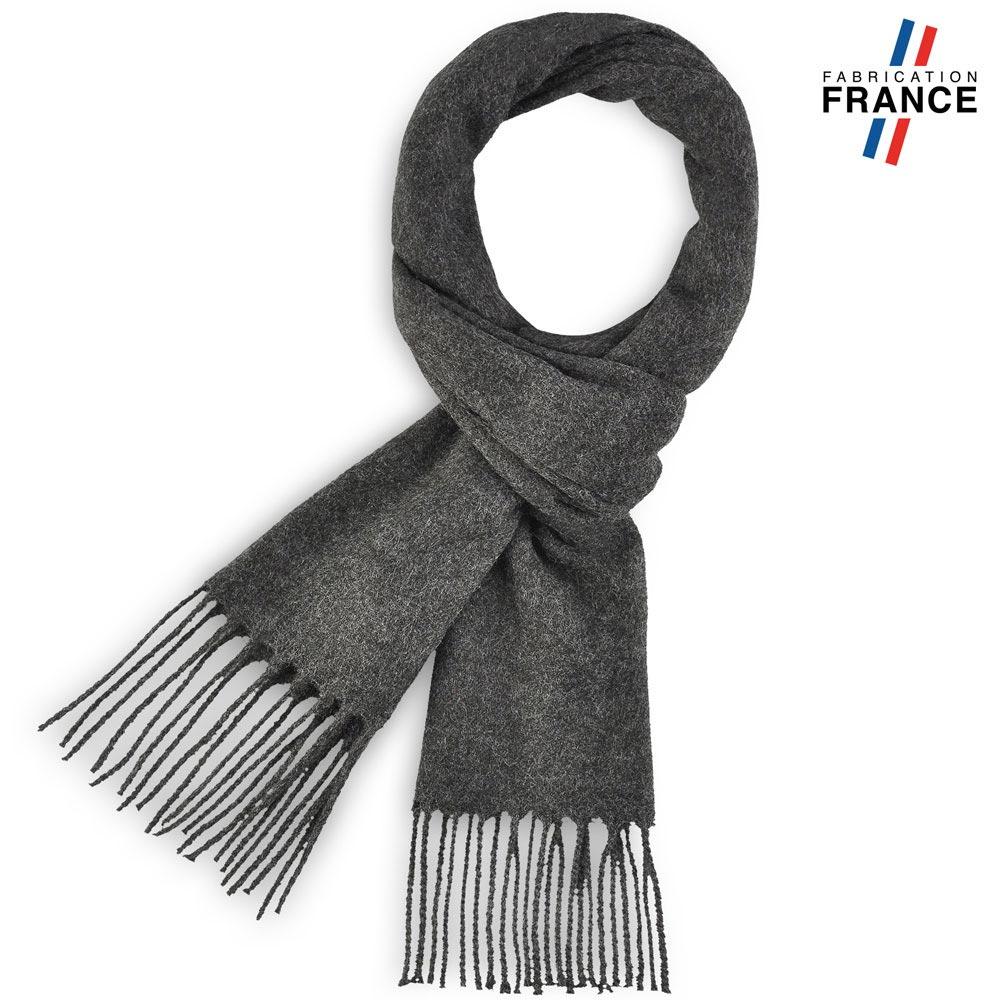 AT-03245-F10-LB_FR-echarpe-a-franges-gris-anthracite-fabrication-francaise