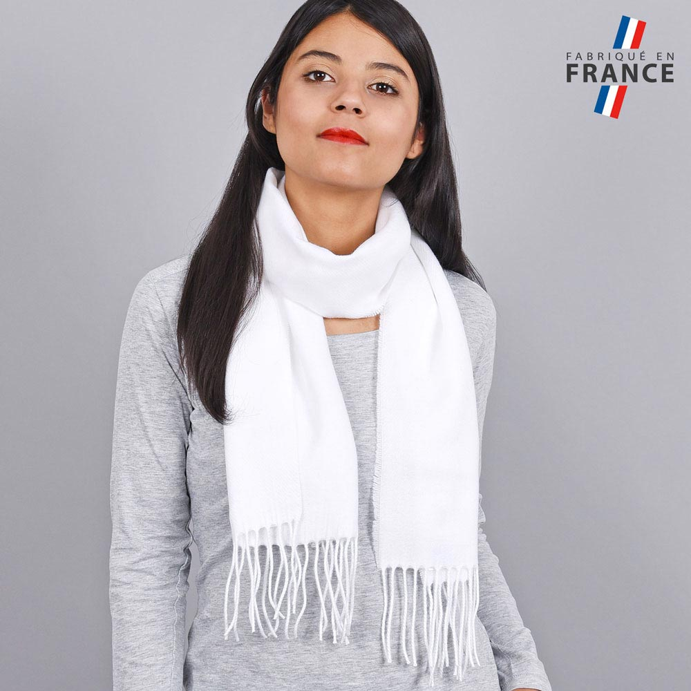 AT-03432-VF10-LB_FR-echarpe-franges-blanc-femme-fabrication-francaise