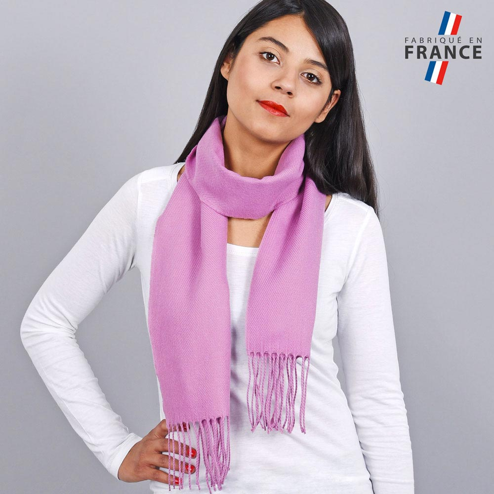AT-03433-VF10-LB_FR-echarpe-franges-rose-femme-fabrication-francaise