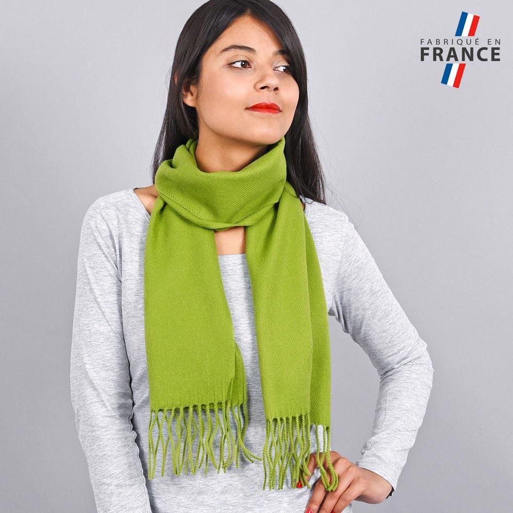 AT-03436-VF10-LB_FR-echarpe-franges-vert-femme-fabrication-francaise