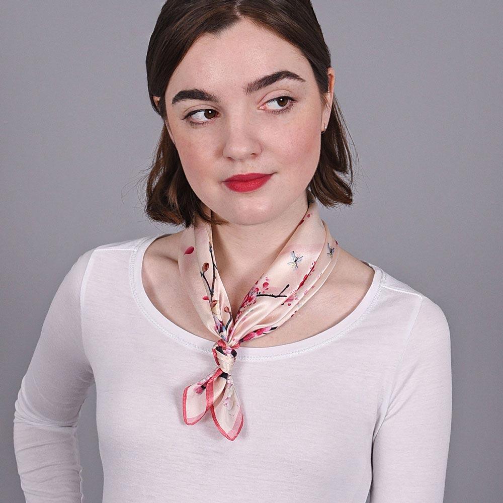 AT-03890-rose-V10-petit-carre-soie-femme-oiseaux-cerisiers
