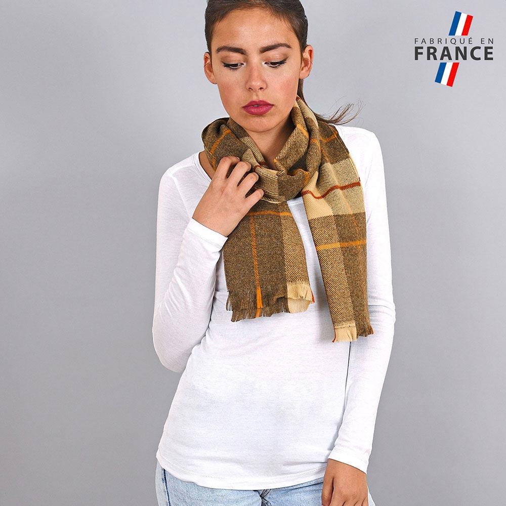 AT-03930-VF10-LB_FR-echarpe-hiver-ecossaise-camel