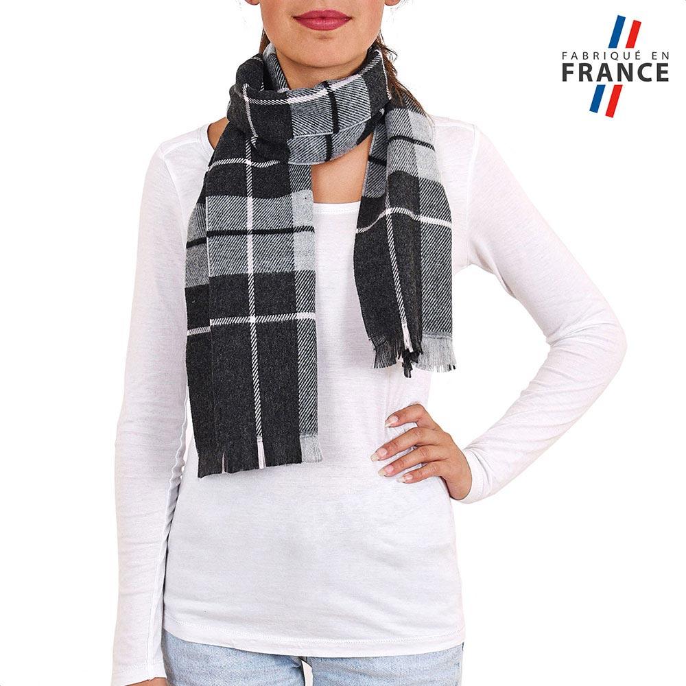 AT-03933-VF10-P-LB_FR-echarpe-carreaux-noir