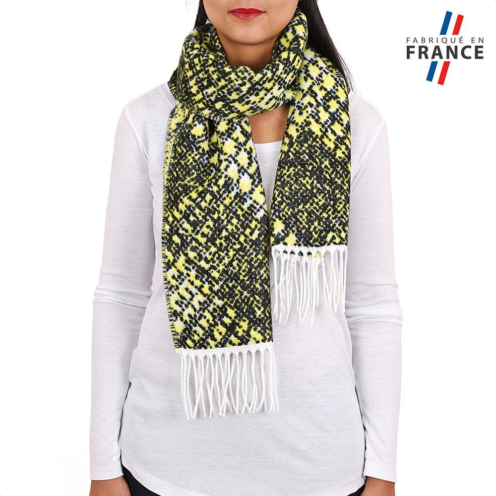 AT-03943-VF10-P-LB_FR-echarpe-verte-jaune