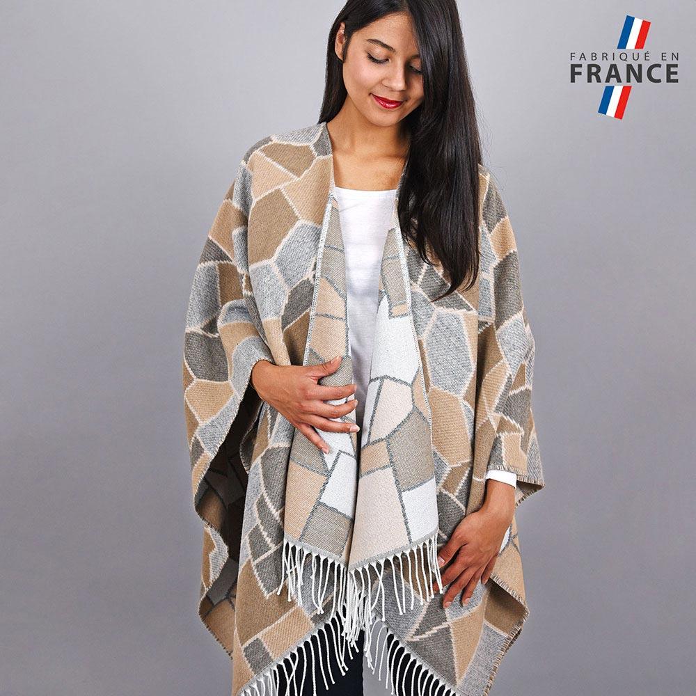 AT-03959-VF10-1-LB_FR-poncho-femme-beige-carreaux