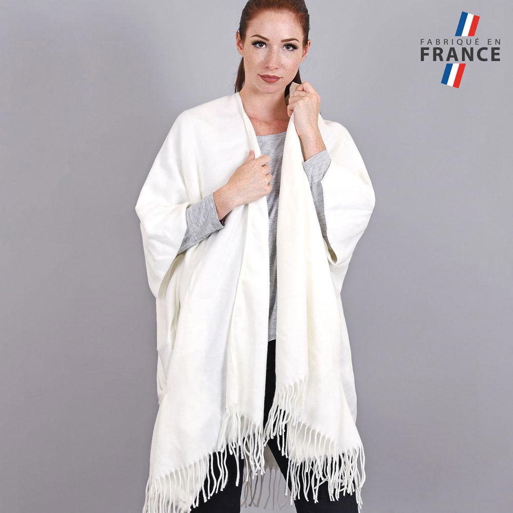 AT-03986-VF10-1-LB_FR-poncho-femme-hiver-larges-poches