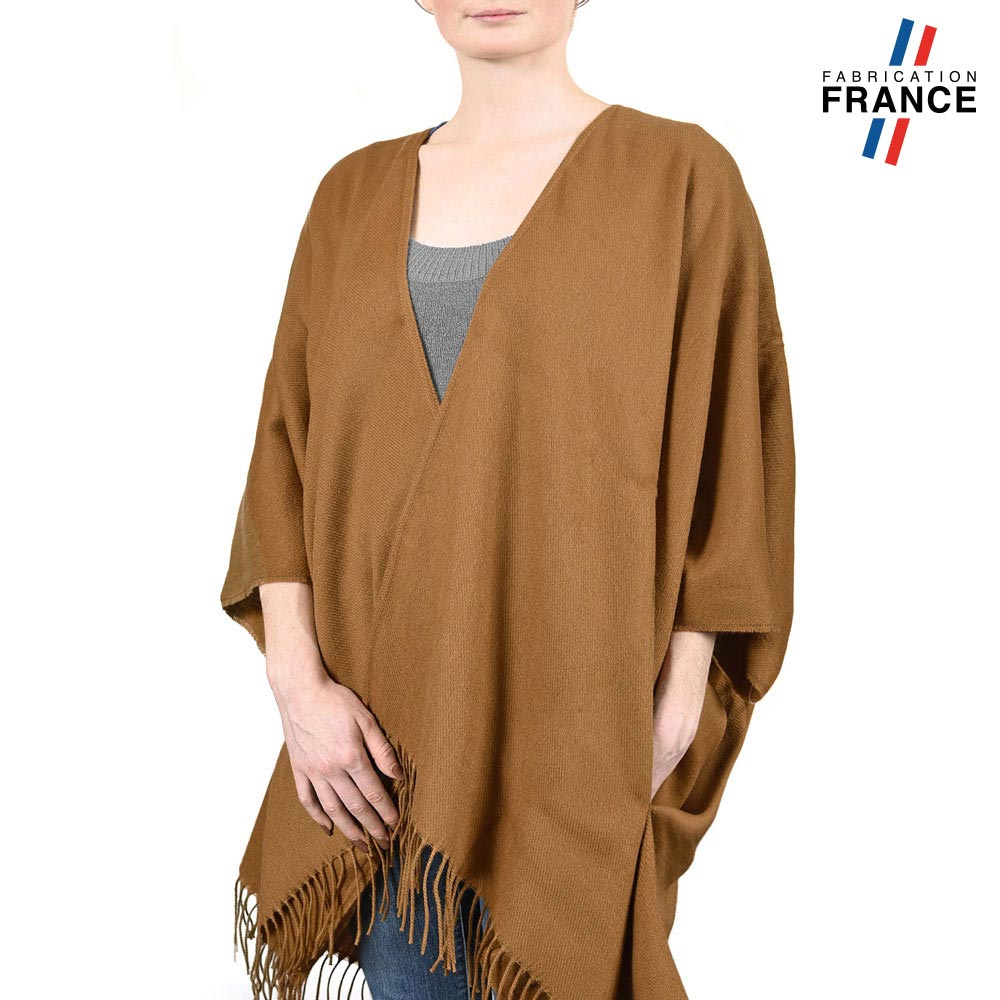 AT-03988-VF10-P-LB_FR-poncho-a-poches-marron