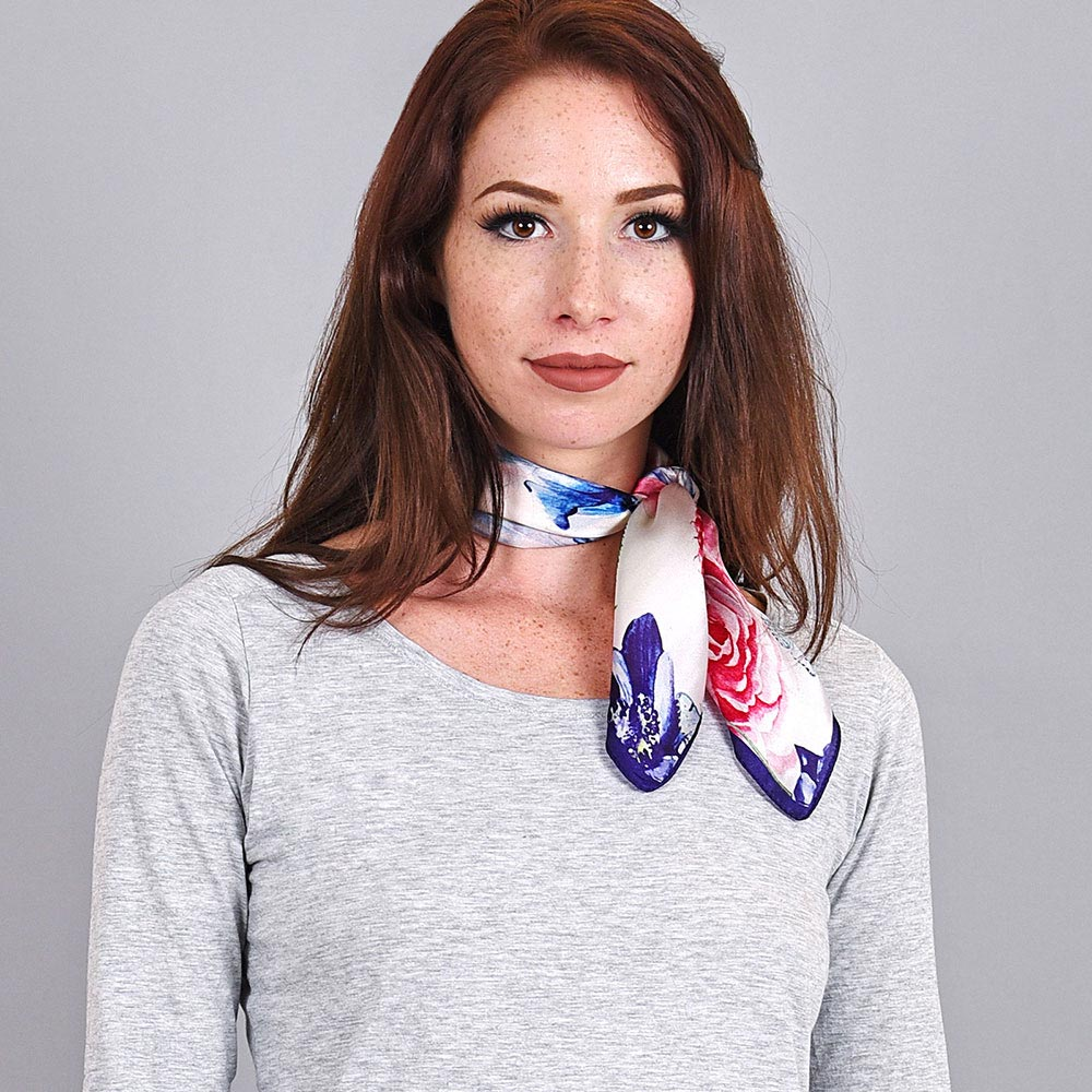 AT-04006-VF10-foulard-soie-blanc-floral