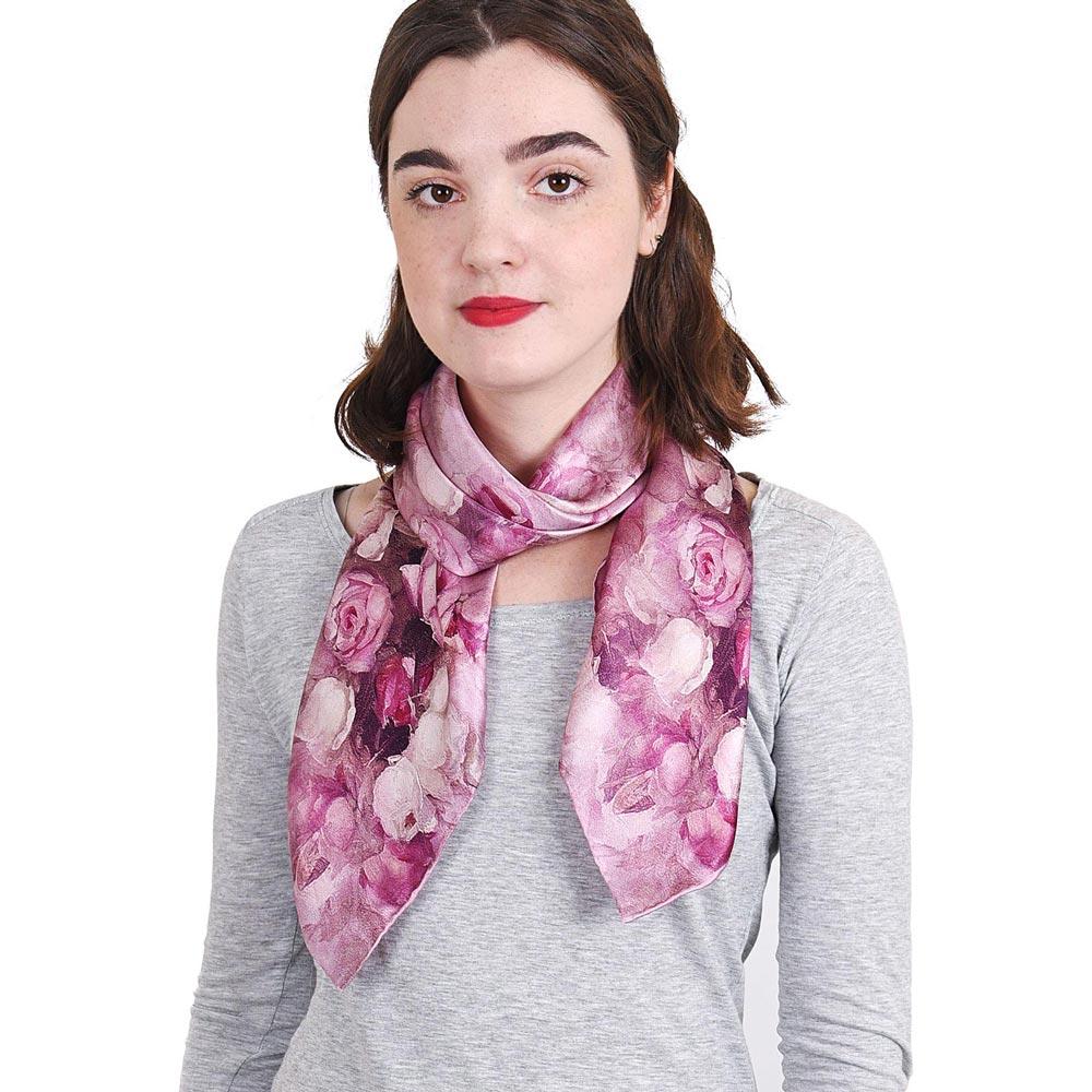 AT-04051-VF10-P-carre-de-soie-femme-roses