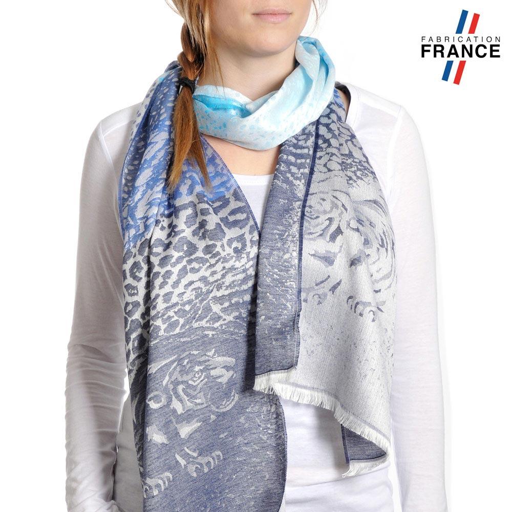 AT-04220-VF10-P-LB_FR-echarpe-legere-fabriquee-en-france-leopard-bleu-gris