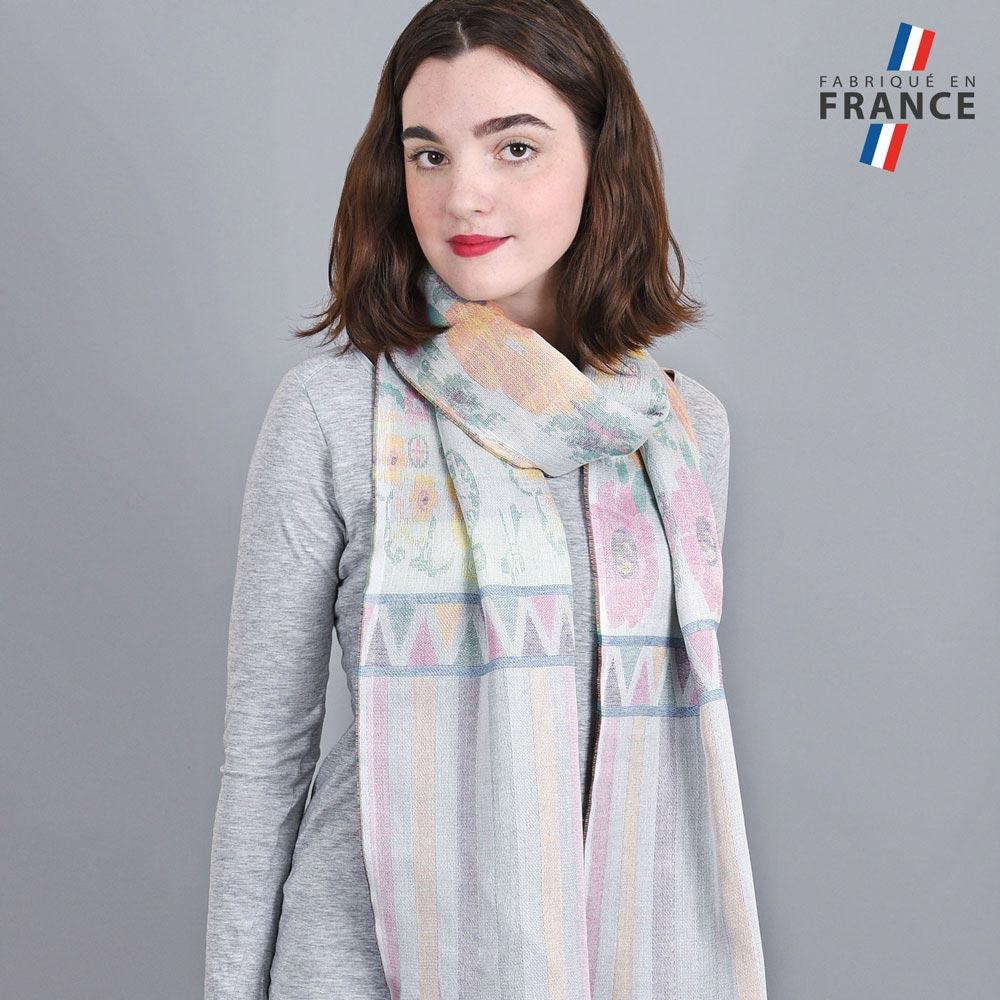 AT-04234-VF10-LB_FR-echarpe-legere-fabriquee-en-france-bandes-fleurs-violet