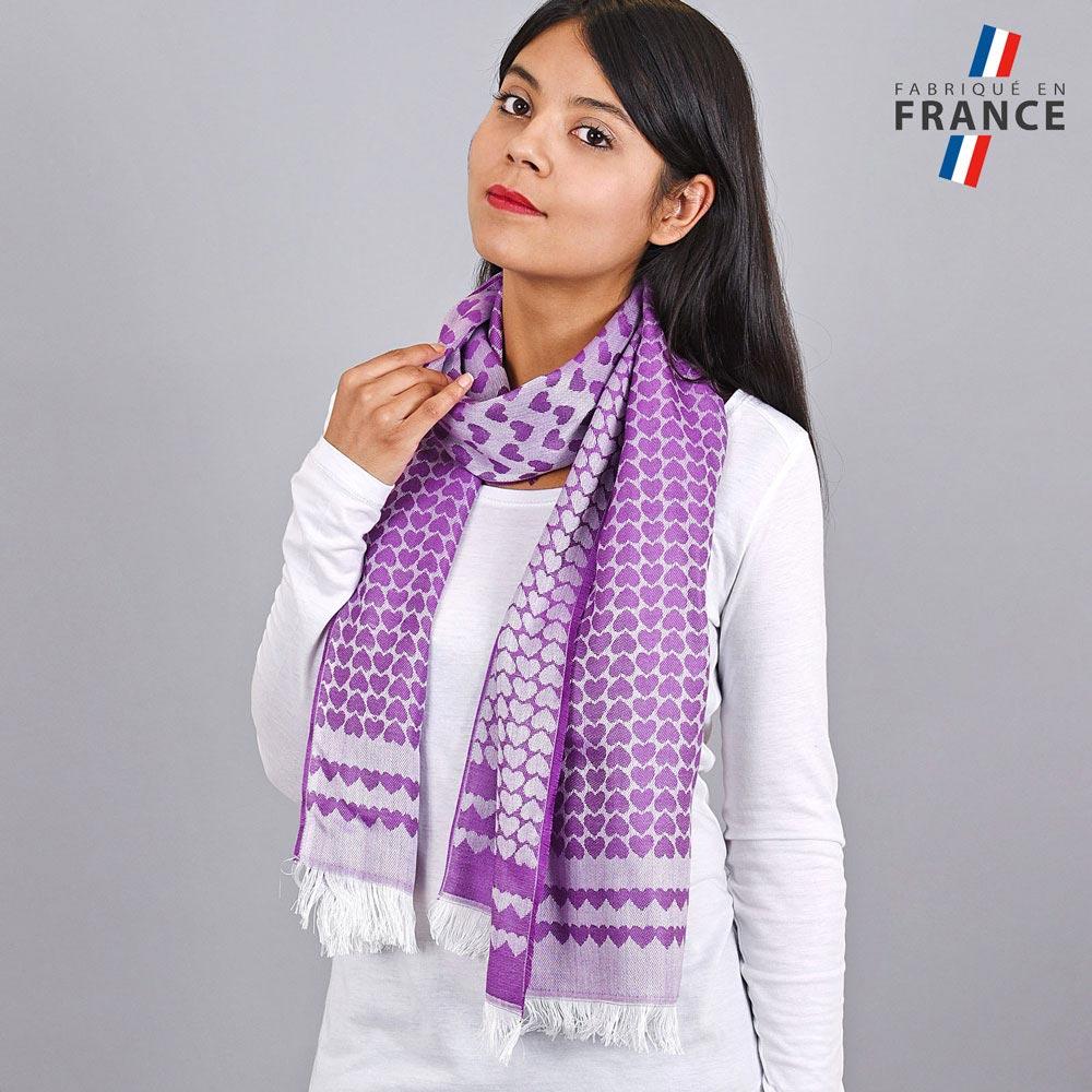 AT-04271-VF10-LB_FR-echarpe-qualicoq-motifs-coeurs-creme