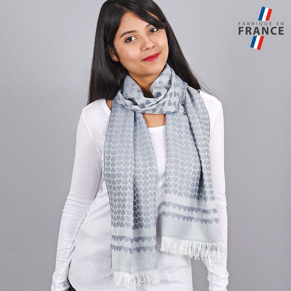 AT-04274-VF10-LB_FR-echarpe-qualicoq-motifs-coeurs-gris-argent