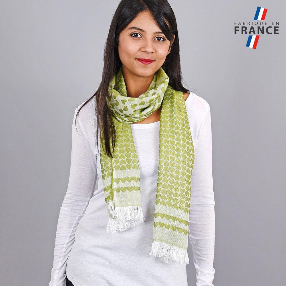 AT-04275-VF10-LB_FR-echarpe-qualicoq-motifs-coeurs-vert