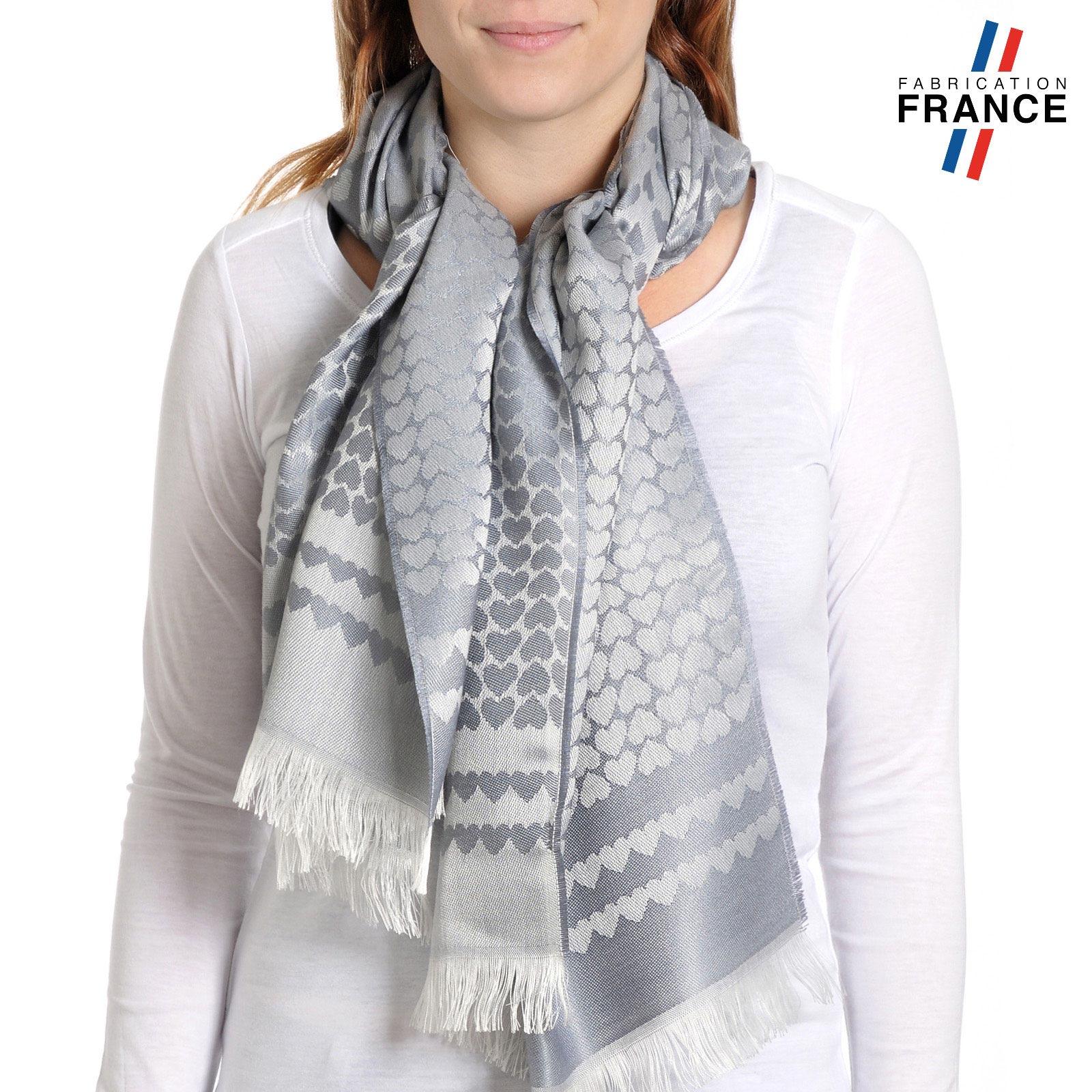 AT-04274-VF10-T-LB_FR-echarpe-qualicoq-motifs-coeurs-gris-argent