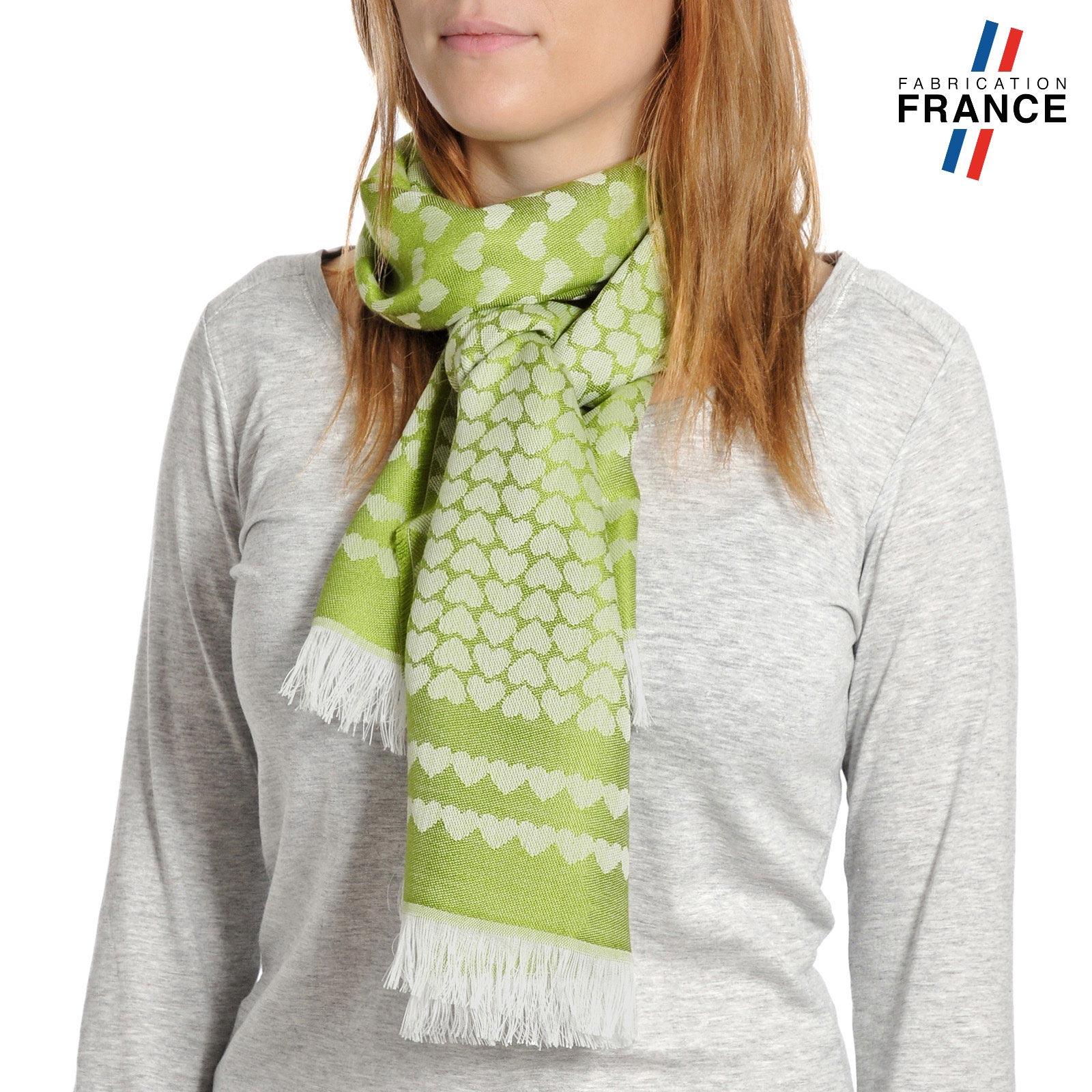 AT-04275-VF10-T-LB_FR-echarpe-qualicoq-motifs-coeurs-vert