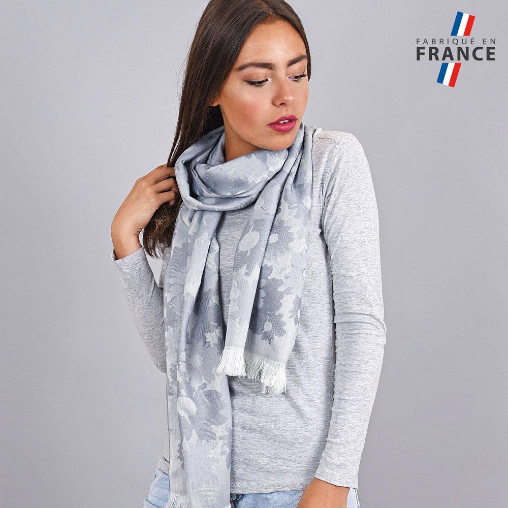 AT-04277-VF10-LB_FR-echarpe-legere-fleurs-gris-argent-fabrication-france