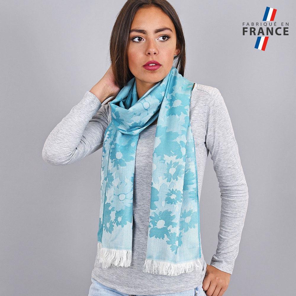 AT-04279-VF10-LB_FR-echarpe-legere-fleurs-bleu-maya-fabrication-france